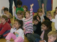 kids-at-ready-set-grow-preschool-nassau-raising-hands-1024x768-thumb-200x150-145011