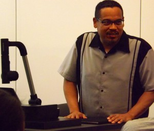 U.S. Congressman Keith Ellison visited PSTL 1366: Stories of Self and Community, Multicultural Perspectives
